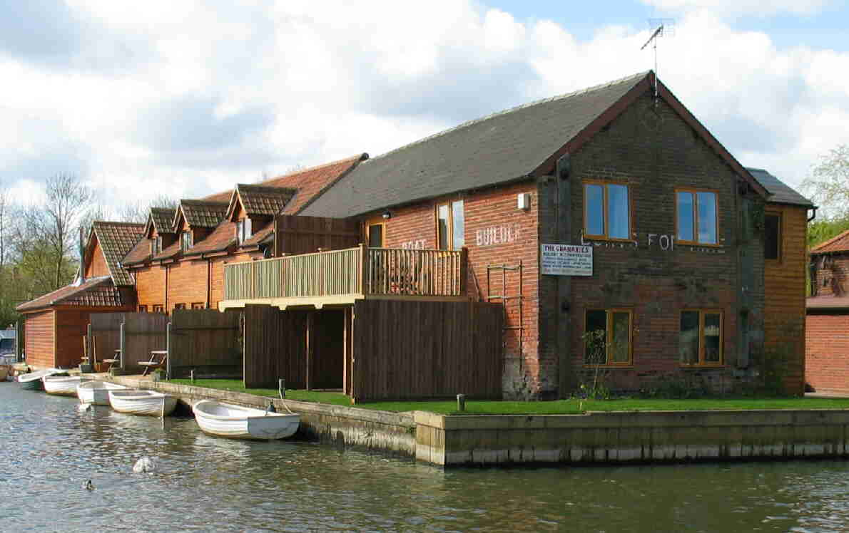 Wayford Bridge Granaries Holiday Accommodation